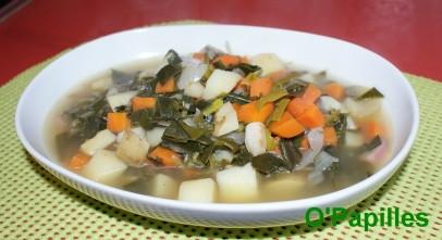 radis-poireaux-fanes-soupe.jpg
